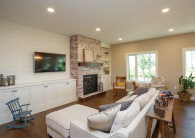 Jans Custom Home Living Room by Mulder Builders